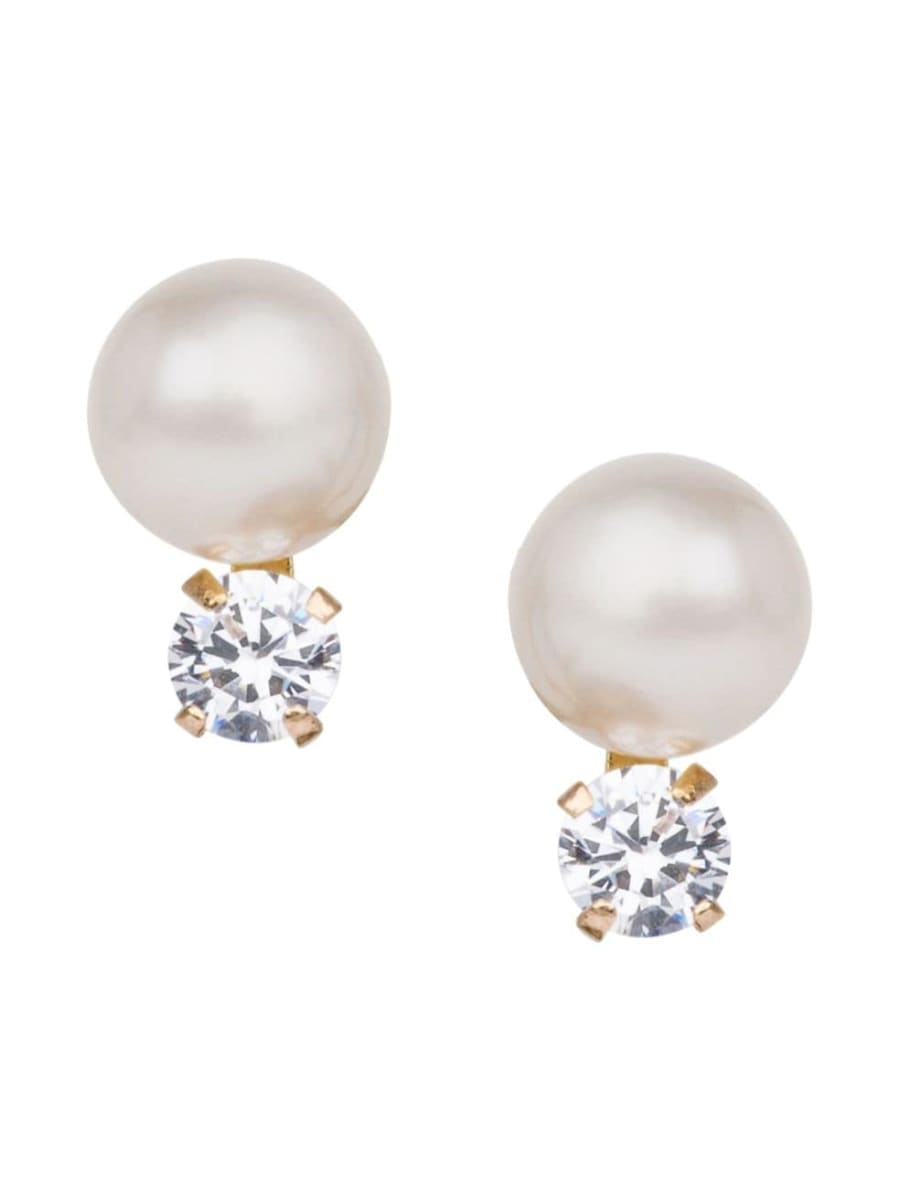 Pearl drop earrings with round crystal